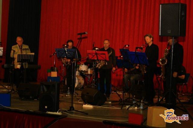 gornja radgona latino personals Take nine orchestra, kulturno društvo komorna skupina saksofonov gornja radgona take nine orchestra,  swinga, dixielanda ter latino jazza.