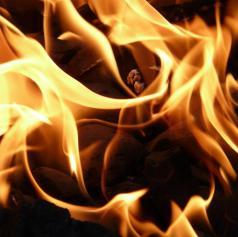 Zgorelo gospodarsko poslopje