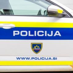 Policisti obravnavali tujca s ponarejenim dokumentom