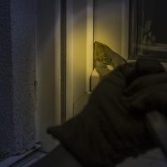 V Turnišču obravnavan poskus vloma v stanovanje