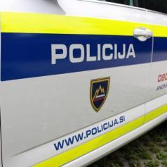 Policisti obravnavali tatvino denarja iz župnišča in samomor
