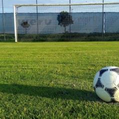 Tekmovanja druge nogometne in prve futsalske lige so prekinjena