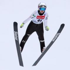 Ema Klinec svetovna prvakinja, Anamarija Lampič bronasta