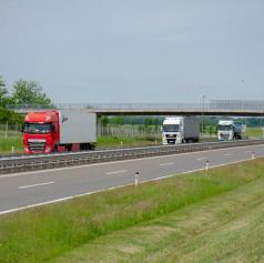 Lani na slovenskih avtocestah za četrtino manj prometa