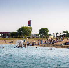 FOTO: Igrivo jezero privabilo športne navdušence
